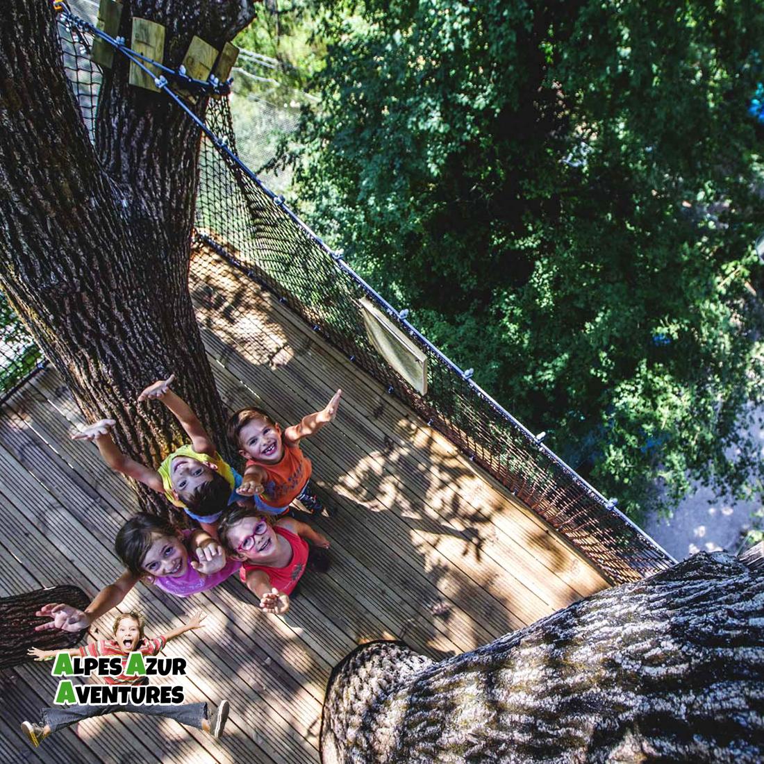 Terrasse perchée parc de loisirs